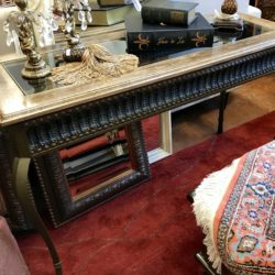 Wood Sofa Table with Glass Top Insert